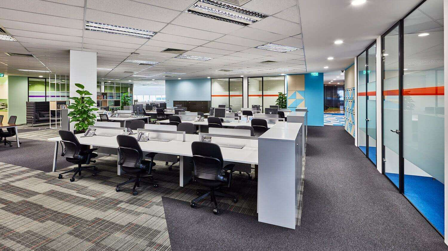 The Rise and Fall of Open-Plan Workplaces